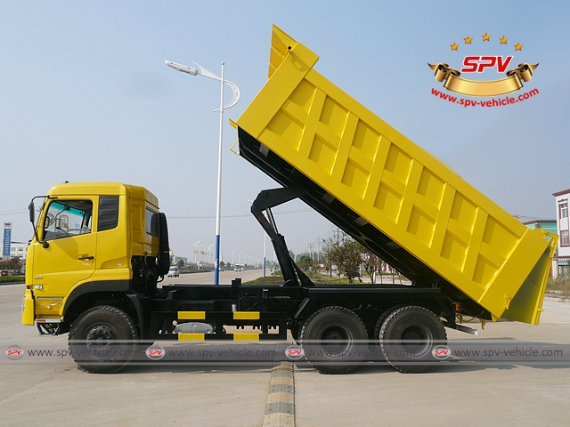 Side View of Dump Truck Dongfeng (6X4) to Algeria