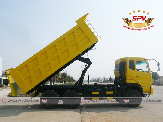 Right Side View of Dump Truck Dongfeng (6X4) heading to Algeria (Hydraulic Lifted)