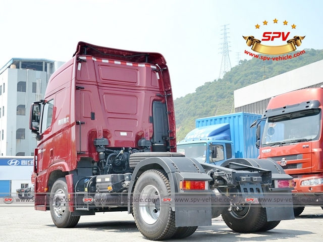 Left back side view of HYUNDAI Prime Mover