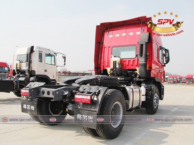 Right back side view of JAC Towing Truc (300HP)