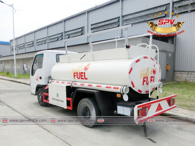 ISUZU Fuel Tanker Truck 3000 Liters-BS