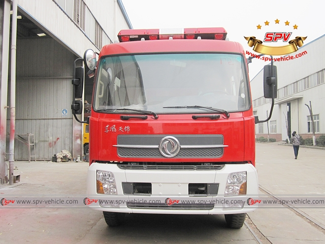 Front view of Foam and Water Fire Truck - Dongfeng