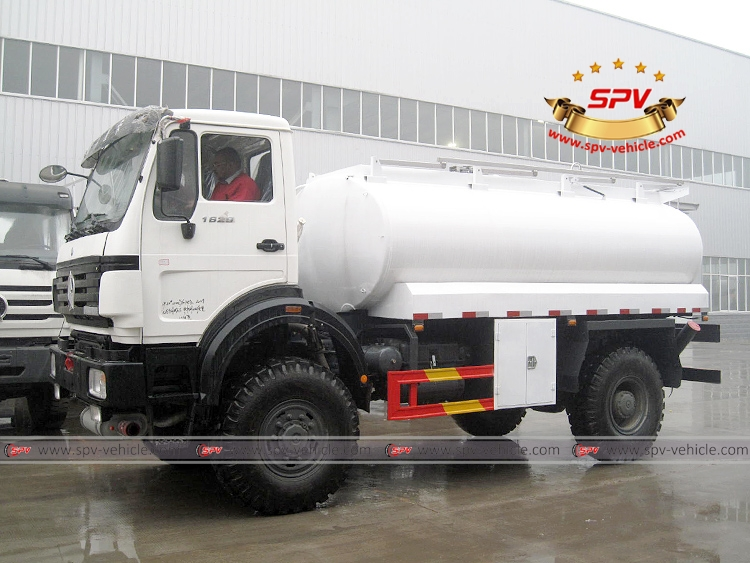 Fuel Bowser North Benz(4X4)-LS