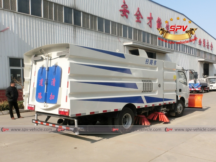 Road Sweeper with Snowplow Dongfeng-RB
