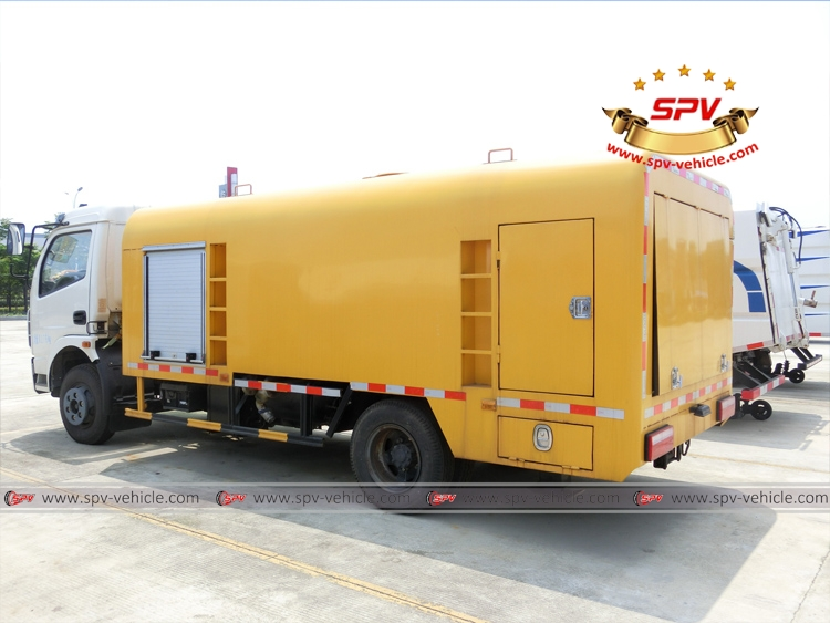 Sewer Jetting Vehicle Dongfeng - LB