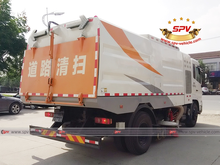 Vacuum Sweeper Truck - Dongfeng - RB