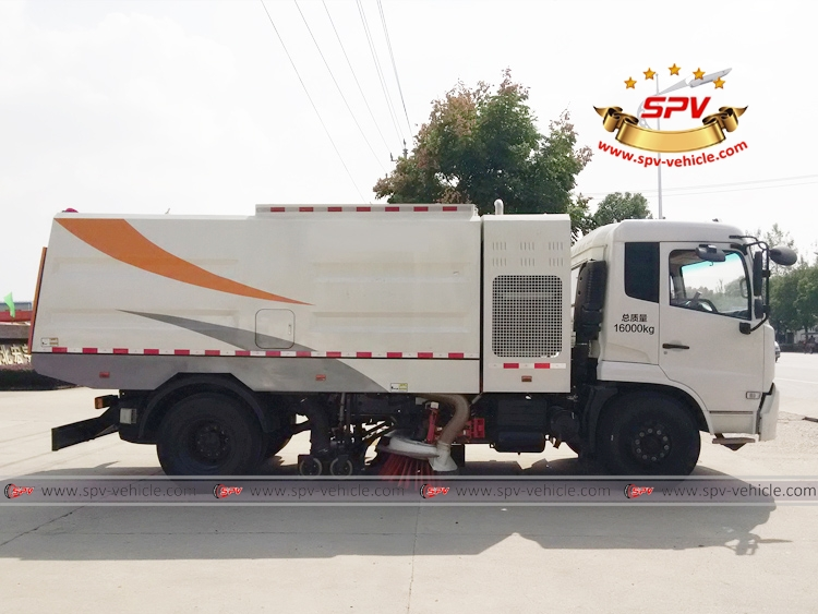 Vacuum Sweeper Truck - Dongfeng - RS