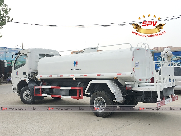 To Philippines - 6,000 litres Water Sprinkling Truck - LB