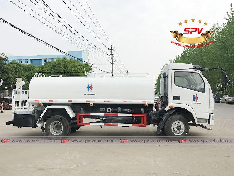 To Philippines - 6,000 litres Water Sprinkling Truck - RS
