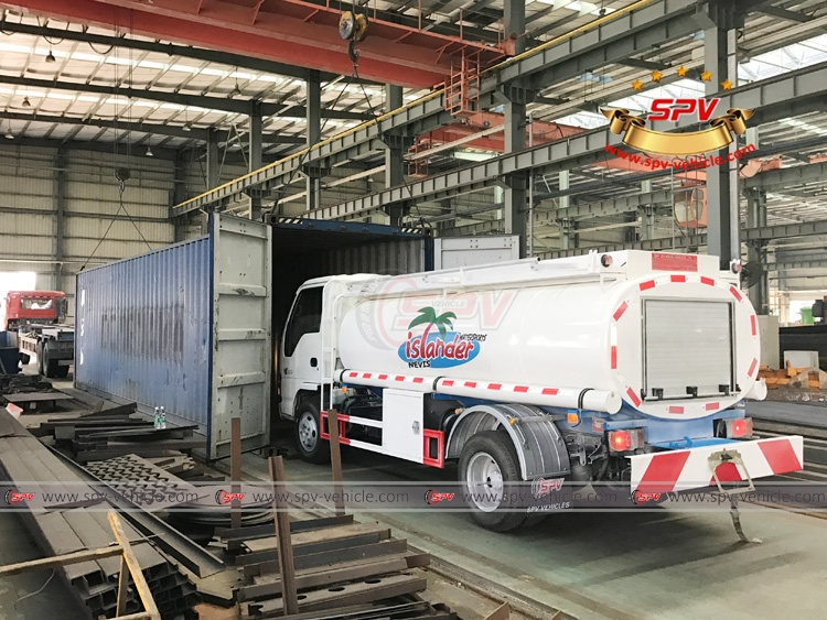 Fuel Tank Truck ISUZU - Loading into Container 01