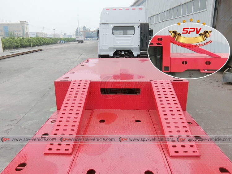 Extendable Flatbed Semi-trialer - Extra Ramp