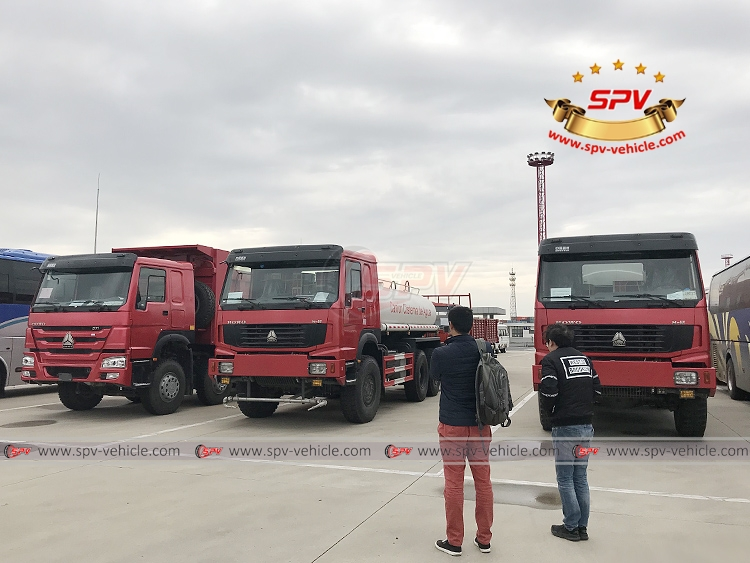 10,000 litres Off-road Water Tanker Truck Sinotruk - Inspection