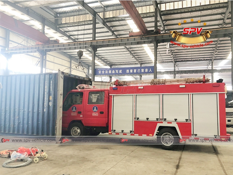 Fire Apparatus ISUZU - Loading into Container - 1