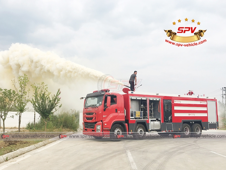 Fire Engine ISUZU - Dry Powder Testing