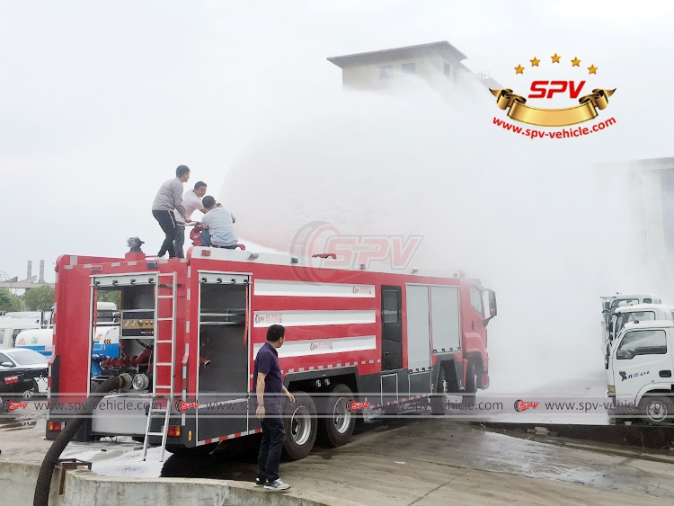 Fire Engine ISUZU - Water Testing - 3