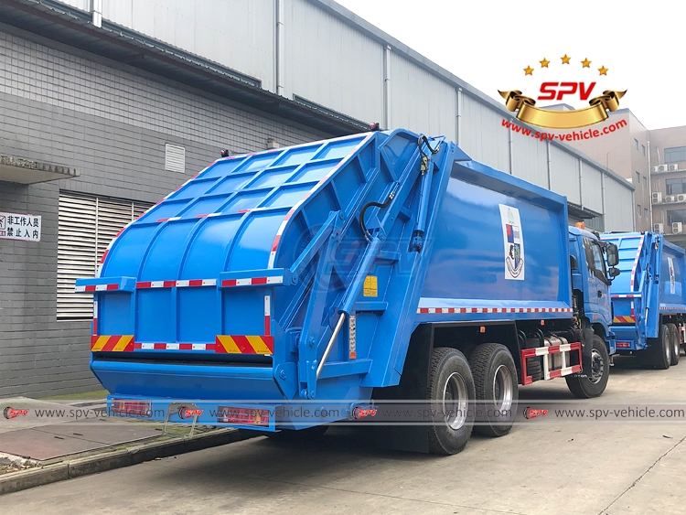 18 CBM Garbage Compactor Truck FOTON - RB