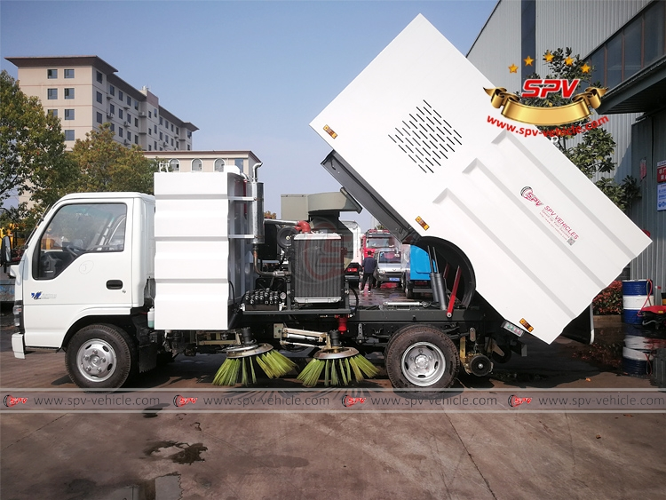 Road Sweeper Truck ISUZU - 1