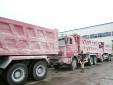 To Nigeria - 3 units of dump trucks Sinotruk (6X4) in July, 2009