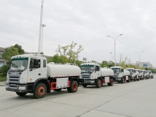 To Latin America - 8 units of Water Tanker Truck JAC (8,000 liters) shipped in Oct. 2016
